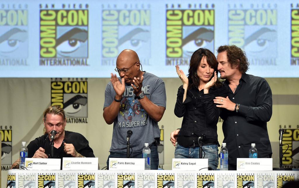 Kurt Sutter in preda alle lacrime durante il panel di SoA al Comic Con