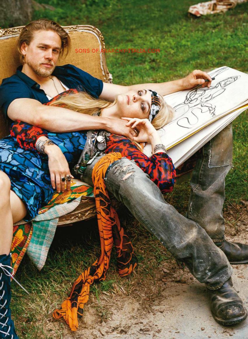 Vogue USA December 2014_02