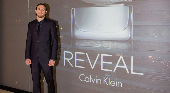 Charlie Hunnam Ospite della Sfilata di Calvin Klein a Milano
