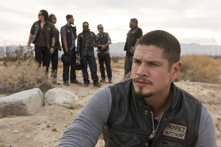Mayans MC: FX ordina una stagione di 10 episodi per lo spinoff di SOA
