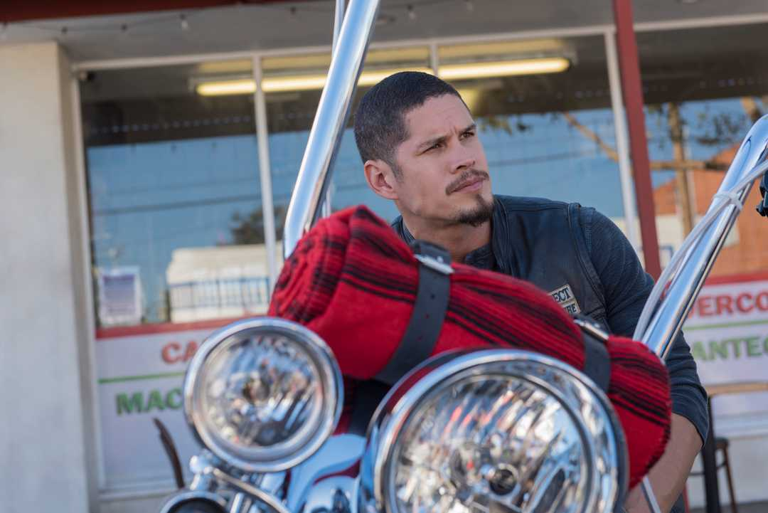 Kurt Sutter parla di Mayans MC, flashbacks, prequel First 9 e tanto altro…
