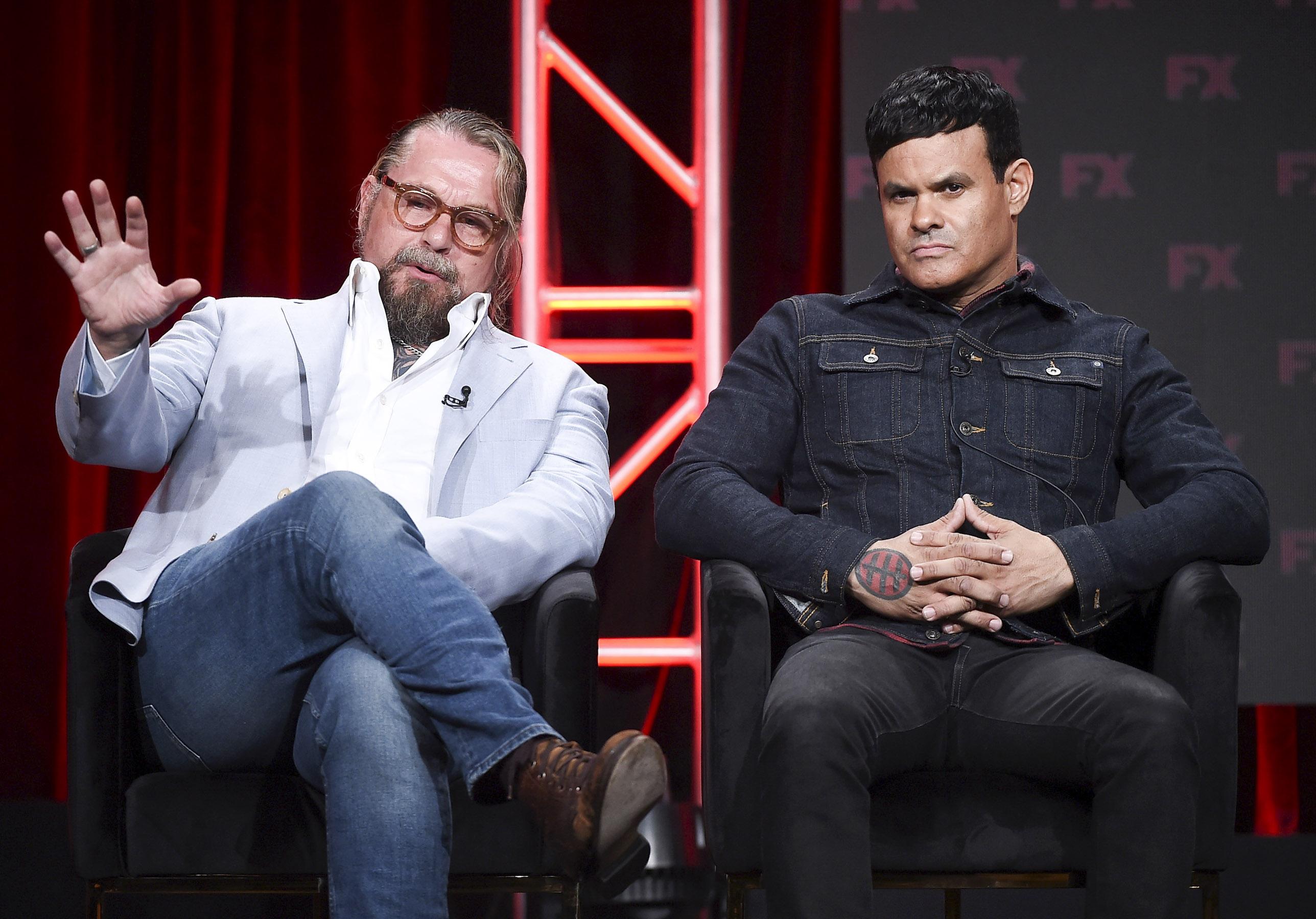 Mayans MC: Kurt Sutter si dimetterà da showrunner dopo la seconda stagione